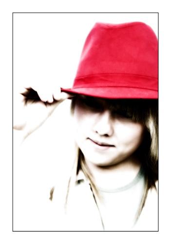 Red Hat by cuesta