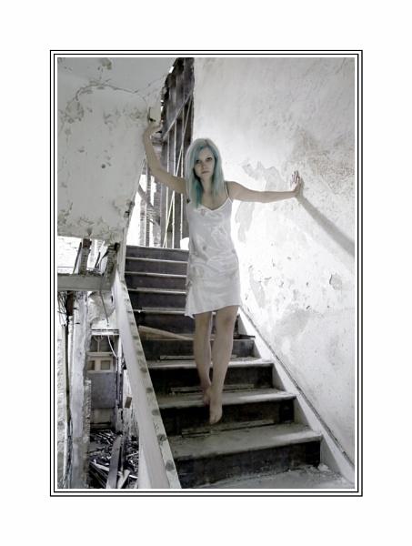 Beauty in decay #3 by xanda