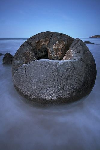 Moeraki Boulders by bond