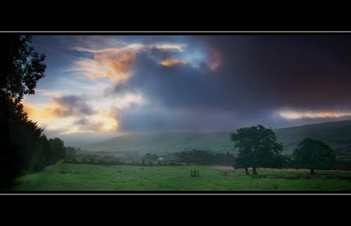 Early Glow (Slight Return) by GlynB