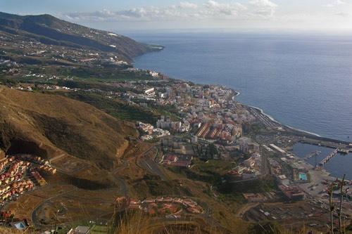 Santa Cruz de La Palma by Alan_Baseley
