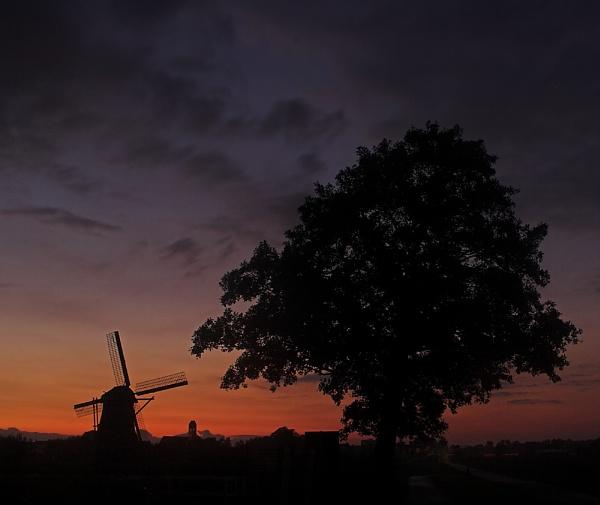 More Kinderdijk by conrad
