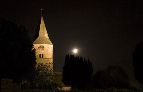 Burwash Church by irweazel
