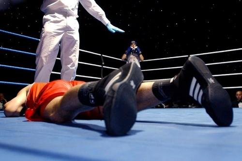 Knock Out!! by chrishalton