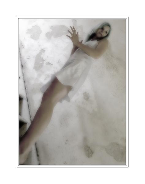 Beauty in decay #6 by xanda