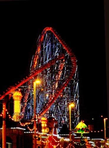 Bright Lights Of Blackpool by chensuriashi