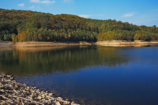 Lake Sušec by ambmilan