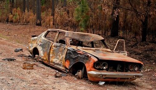 Burntout car by delan