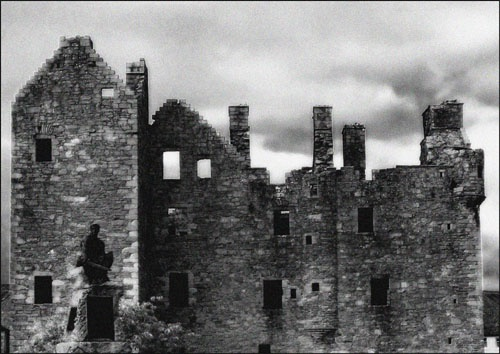 Spooky Castle by JonJ