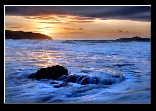 Dawn Flood by rhiw_com