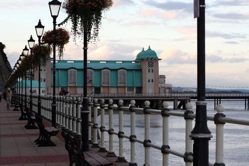 Penarth Pier & Prom by Pixsie