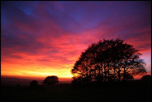 Haresfield Sunset by Jon_Iliffe