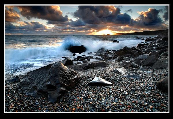 Storm Beach by rhiw_com