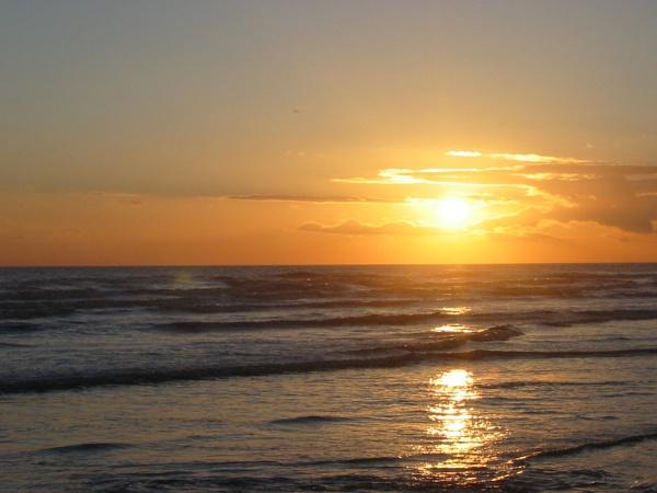 Hove Beach Sunset by StephenBrighton