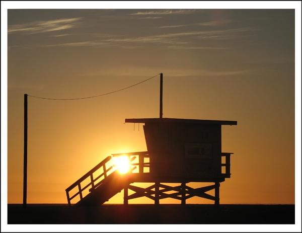 Santa Monica sunset by AlanTW