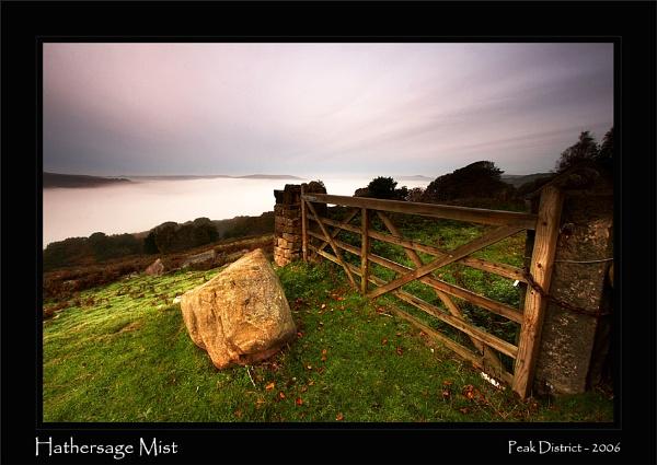 Hathersage Mist by chrisrudland