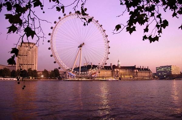 Millennium Wheel by BrianSS