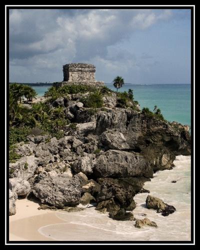 Tulum Mayan Ruins by liparig