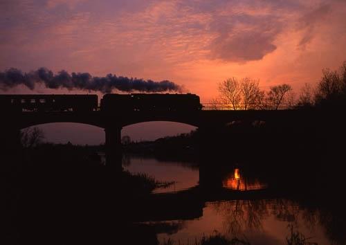 Eckington sunset by bobsungod