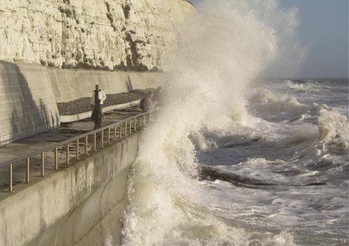 Crashing Waves No 1 by john ballance