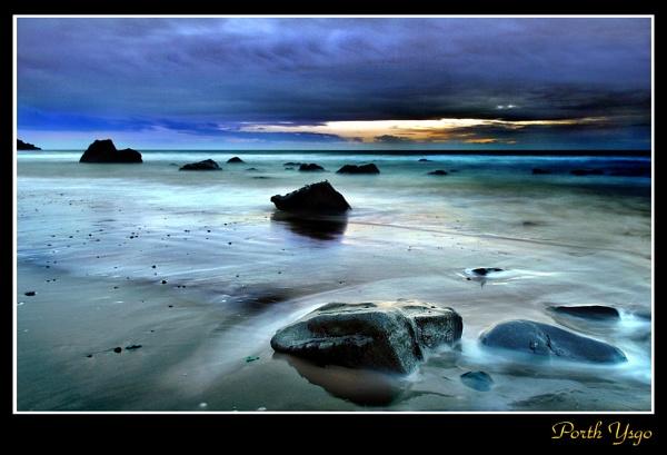 Last Light by rhiw_com