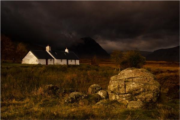 Black Rock Cottage by BigCol