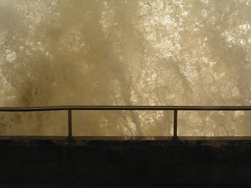 Crashing Waves No 3 by john ballance