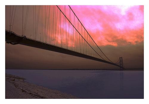 The Humber Bridge at twilight by Hawkgenes