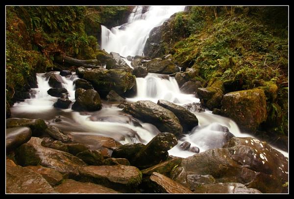 Torc Waterfall by timwilson
