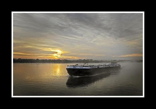 Saphir at Dawn by IMAGESTAR