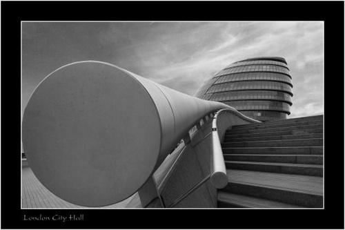 London City Hall by AntonyB