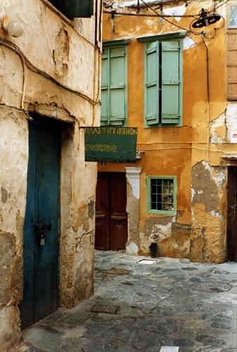 Cretan alleyway by jeff50