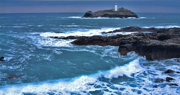 Winter Seas by hattrick