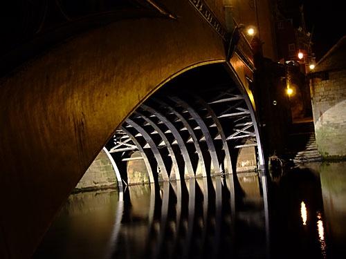 york bridge by Tutterzzz