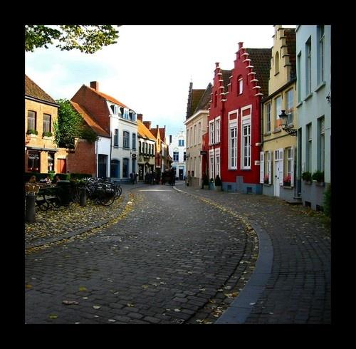 Quiet street loud buildings 2 by Mounters