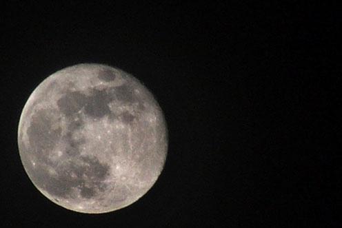 Moon by Paul127