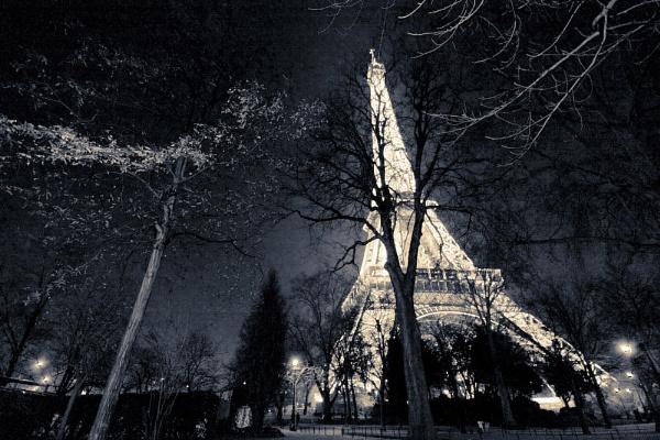 La Tour Eiffel by jellylegs