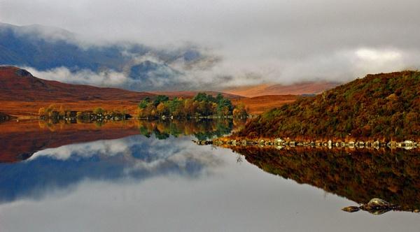 Lochan by Dee_licious1