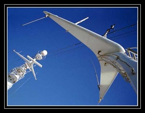 Radar Mast by Apollo