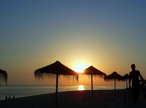 The sun never dies... by mdsantos