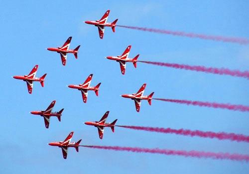 Red Arrows by Paul127