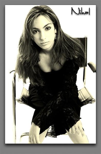 Model: Nihal by erdinc