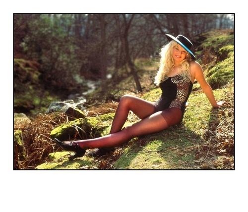 Leanne by modelshoot