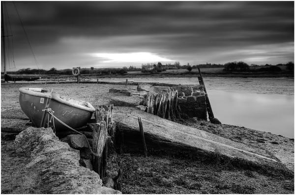 Grey dawn by martinw