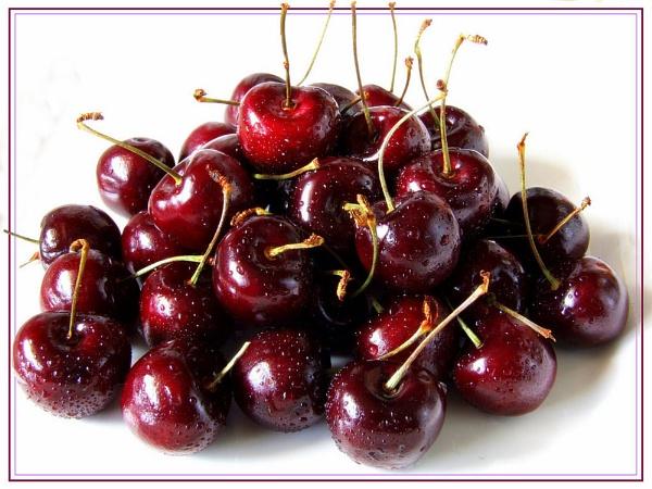 Cherries by Pixellent