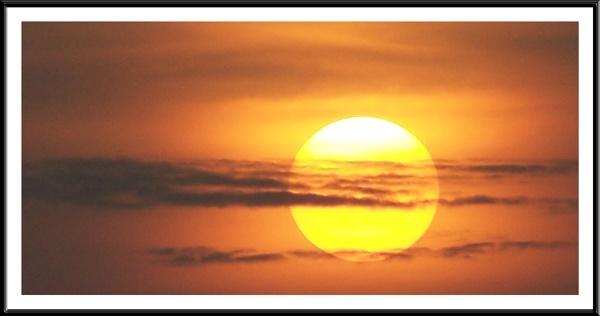 The Sun by mark2uk