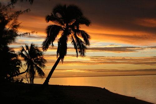 Sunset on Aitutaki 1 by jamescoates