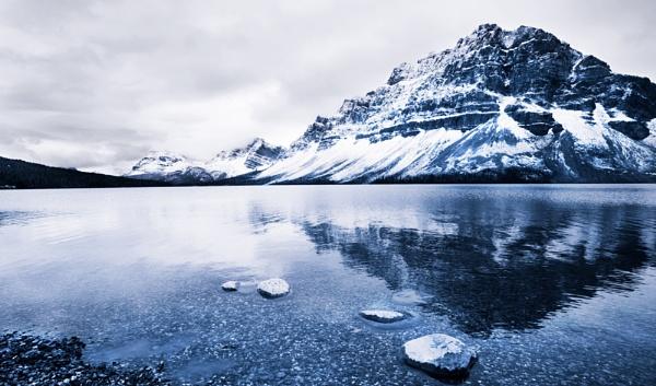 Bow Lake by sherlob