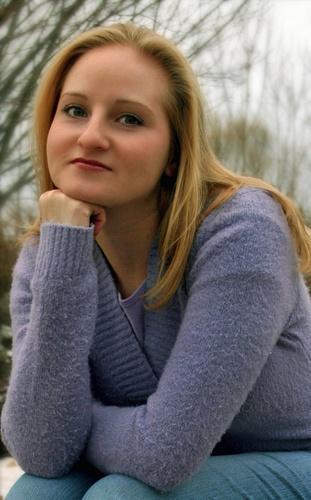 She\'s Cute by bricjen