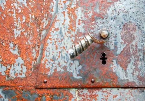 Rusty Handle by Rune_andersen
